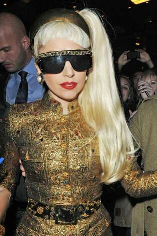 Lady Gaga,  2011