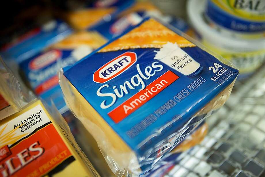Stronger cheese sales helped push Kraft Foods Group's third-quarter revenue beyond estimates. Photo: Scott Eells, Bloomberg