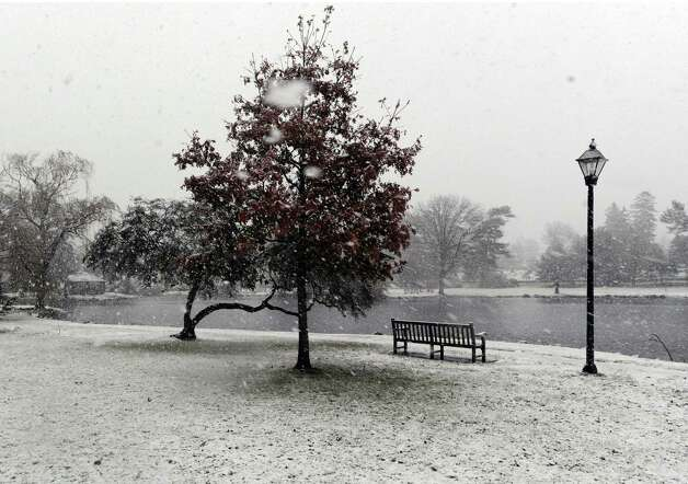 Snow accumulation at Binney Park in Old Greenwich during the nor'easter that hit town, Wednesday, November 7, 2012. Photo: Bob Luckey / Greenwich Time