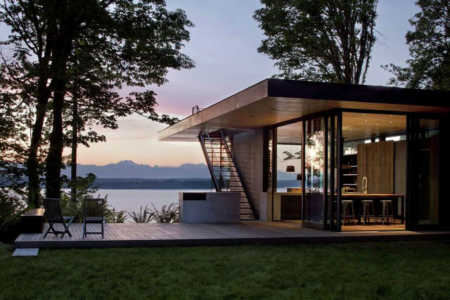 Merit Award: Case Inlet Residence, by MW|Works Architecture+Design. Photo: Jeremy Bitterman