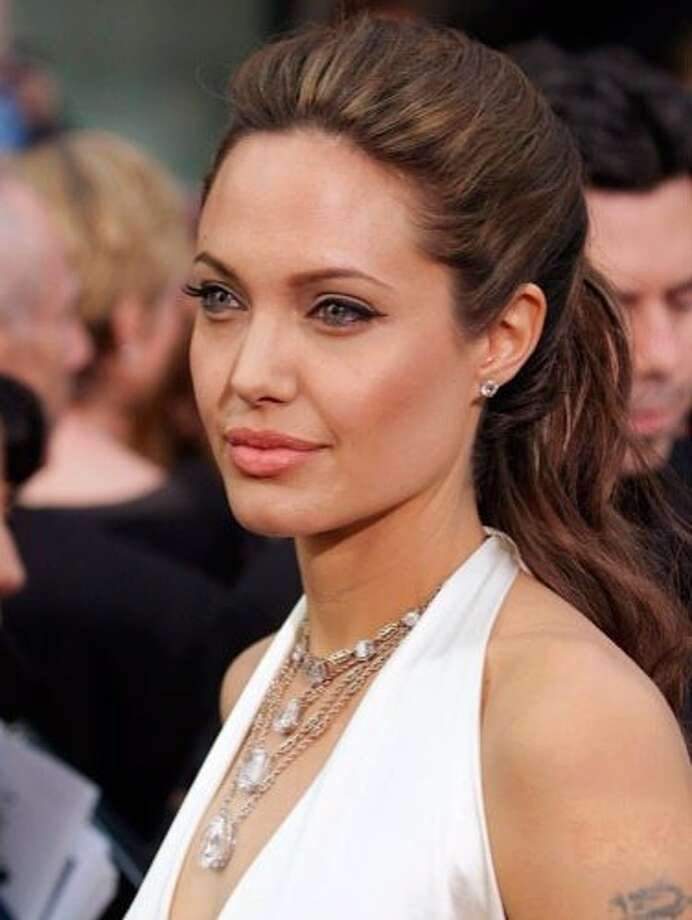The Look: Mega Lashes  Angelina Jolie, 2004 Photo: Getty Images