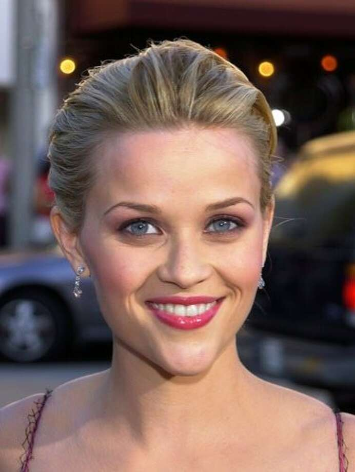 The Look: Pink Lips  Reese Witherspoon, 2001 Photo: Getty Images