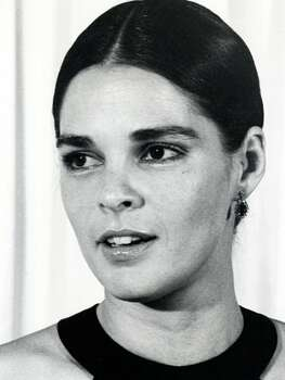 The Look: Full Brows Ali MacGraw, 1971