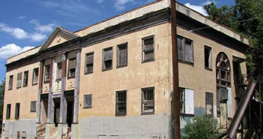 Good Samaritan building operated until the 1960s as a facility for African American patients at 1602 Dakota St. At the time, hospitals were racially segregated. The city and St. Philip's College are working together to renovate the building, now badly deteriorated, and turn it into a veterans' outreach center.