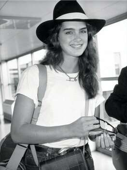 The Look: Full Brows  Brooke Shields, 1985