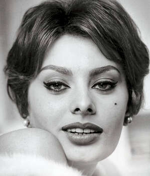 The Look: Winged Liner  Sophia Loren, 1959