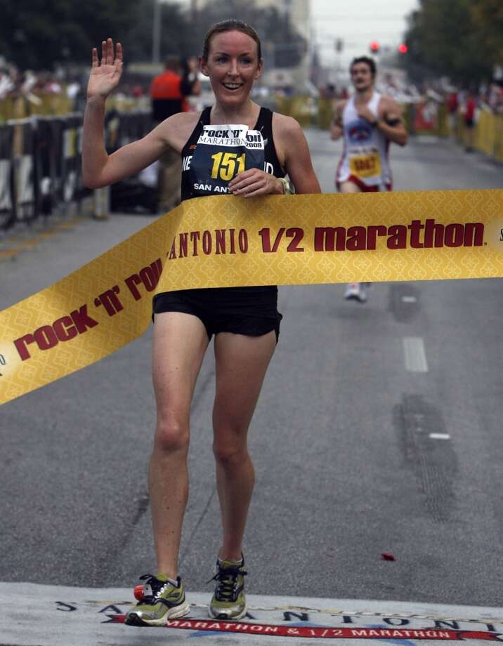 Mary Davies of New Zealand was the first woman to cross the finish line in the half marathon portion of the Rock 'n' Roll San Antonio Marathon & Half Marathon on Sunday, Nov. 15, 2009. Her time was 1:18:16. (SAN ANTONIO EXPRESS-NEWS)