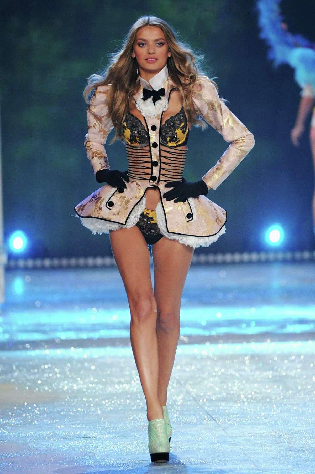Model Bregje Heinen walks the runway.