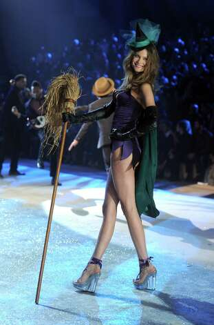 Victoria's Secret Angel Behati Prinsloo walks the runway. Photo: Jamie McCarthy, Getty Images / 2012 Getty Images