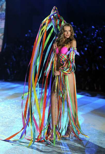 Model Frida Gustavsson walks the runway.