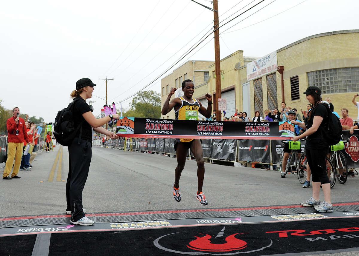Half Marathon (Men) 11/13/11 - Augustus Mayo: 1:04:24