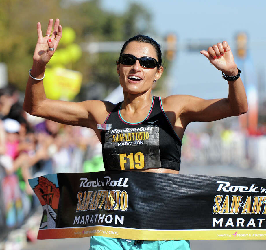 Marathon (Women) 11/13/11 - Liza Hunter-Galvan: 02:46:55 Photo: JOHN ALBRIGHT, Express-News / San Antonio Express-News
