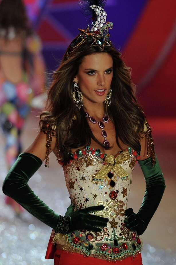 Victoria's Secret Angel Alessandra Ambrosio walks the runway during the Victoria's Secret 2012 Fashion Show on November 7, 2012 in New York City. Photo: Bryan Bedder, Getty Images For SWAROVSKI ELEME / 2012 Getty Images