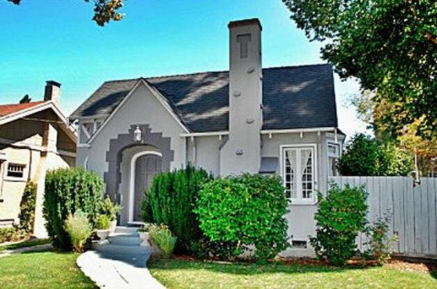 1495 Sanchez Ave., $799,999 Photo: Prudential California Realty