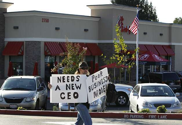Daniel Ruxin is among gay rights activists protesting at the grand opening of a new Chick-fil-A restaurant in Walnut Creek, Calif. on Thursday, Nov. 8, 2012. Photo: Paul Chinn, The Chronicle