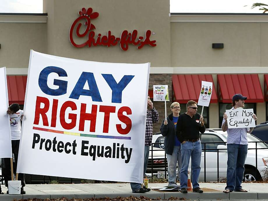 Gay rights activists gather on North Main Street to protest the grand opening of a new Chick-fil-A restaurant in Walnut Creek, Calif. on Thursday, Nov. 8, 2012. Photo: Paul Chinn, The Chronicle
