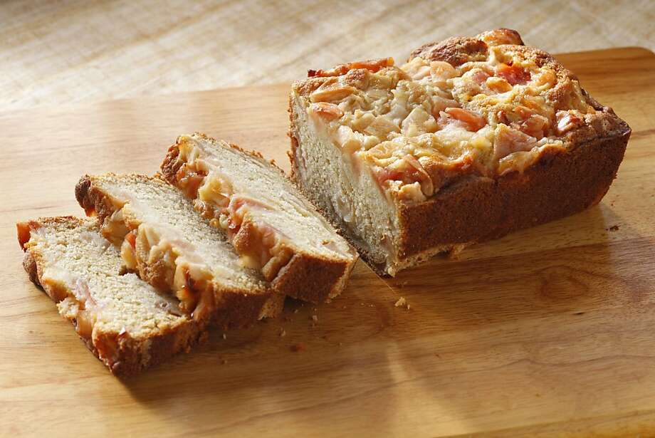Apple Cardamom Pound Cake Photo: Craig Lee, Special To The Chronicle