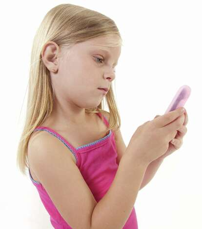 Help kids get savvy about social networks. (Fotolia) Photo: Photographer:Danie Nel / Copyright:www.danienel.co.za