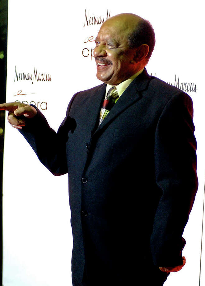Sherman Hemsley poses for photographers before the opening of the opera Elixir of Love on Friday Jan. 25 Photo: HELEN L. MONTOYA, SAN ANTONIO EXPRESS-NEWS / SAN ANTONIO EXPRESS-NEWS