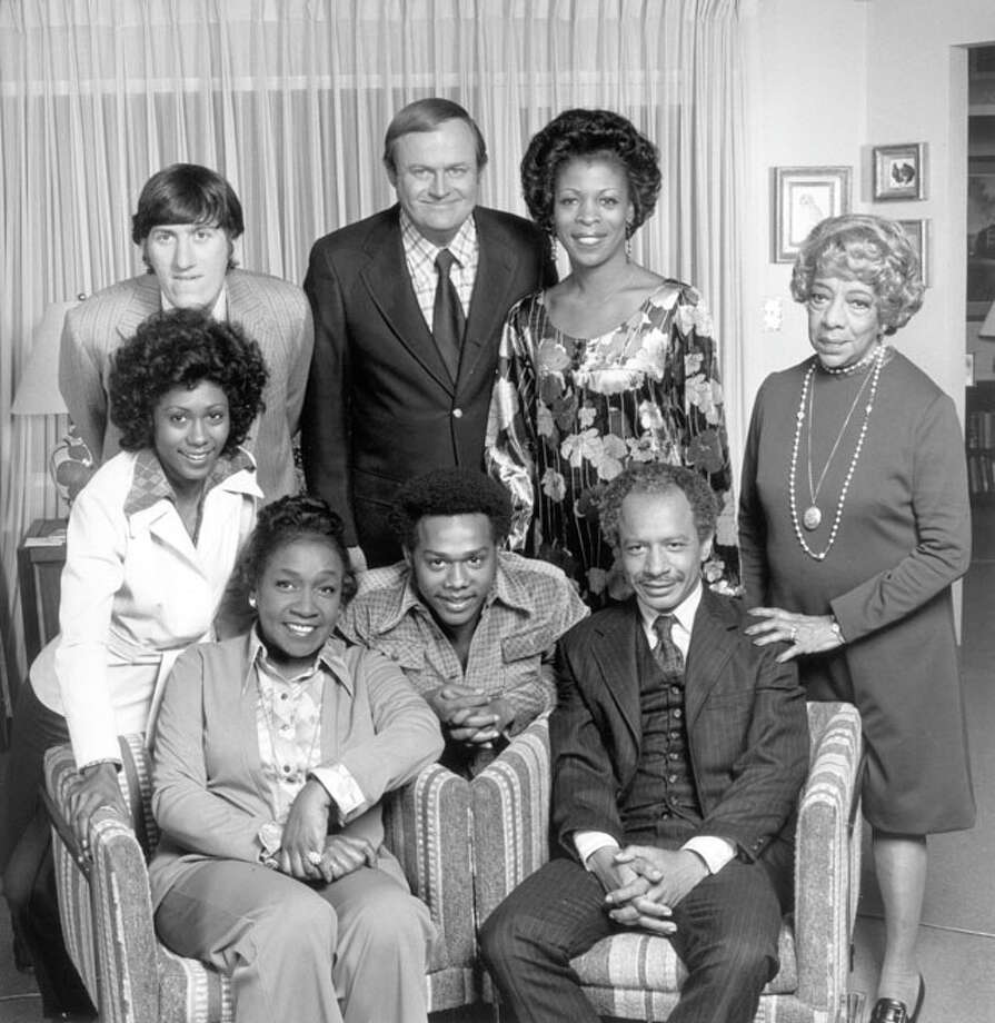 "Pictured here from the hit CBS series ""THE JEFFERSONS"" are (Clockwise from top left) Paul Benedict, Franklin Cover, Roxie Roker, Zara Cully, Sherman Hemsley, Mike Evans, Isabel Sanford, Berlinda Tolbert. Photo: CBS / © CBS Worldwide Inc. All Rights Reserved"