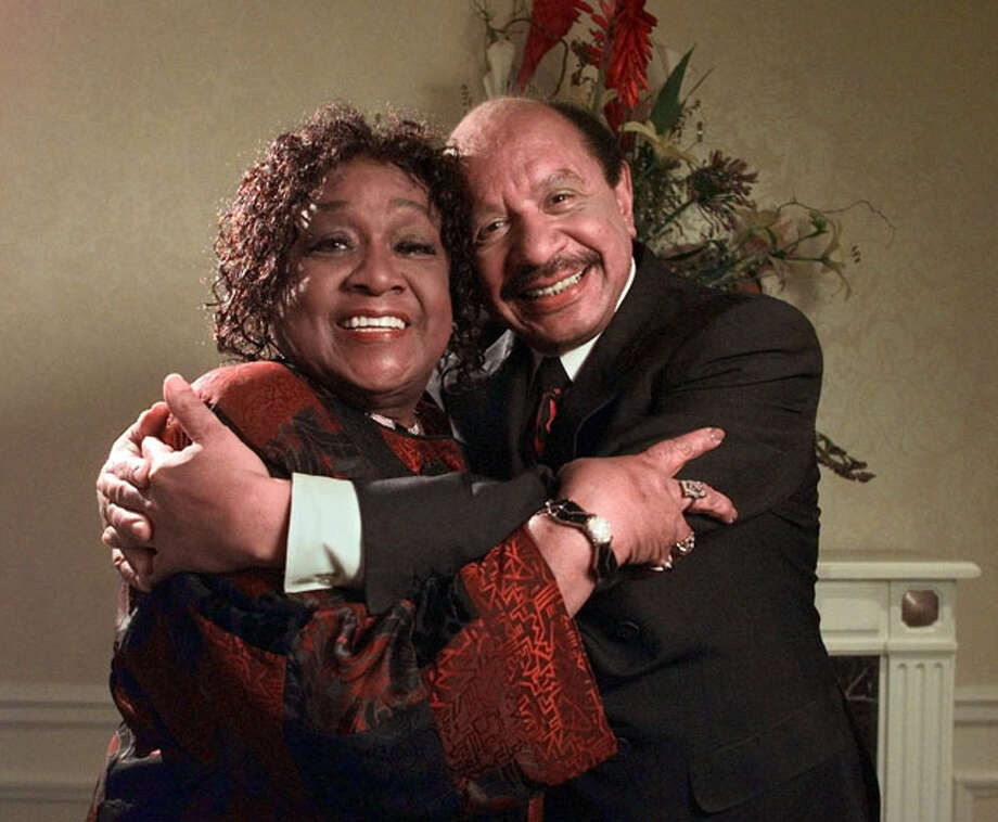 "Isabel Sanford and Sherman Hemsley, who performed on the television sitcom ""The Jeffersons,"" pose for a photograph in this May 6, 1998 file photo in New York. Sanford, best known as ""Weezie"" or Louise Jefferson on the sitcom ""The Jeffersons,"" has died of natural causes, her publicist said Monday, July 12, 2004. She was 86. (AP Photo/Kathy Willens, File) Photo: KATHY WILLENS, AP / AP"