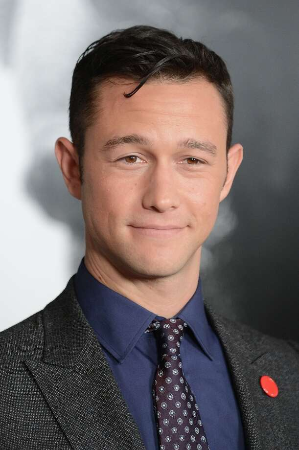 "Cast member Joseph Gordon-Levitt arrives for the closing night Gala Screening of ""Lincoln"" at the AFI Fest in Hollywood, California November 8, 2012. Photo: ROBYN BECK, AFP/Getty Images / AFP"