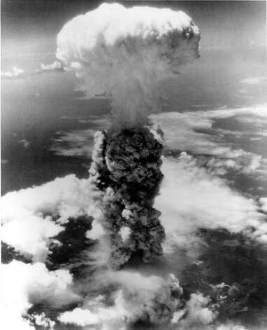 Stone argues the atomic bombings of Hiroshima and Nagasaki did not lead to Japan's defeat. Photo: File Photo