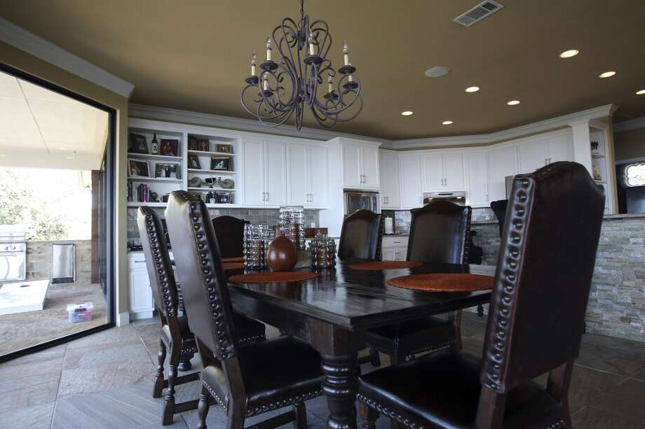 Dining area of the Fischer, TX home of Jimmy Franklin offers a view of the hill country. (San Antonio Express-News)