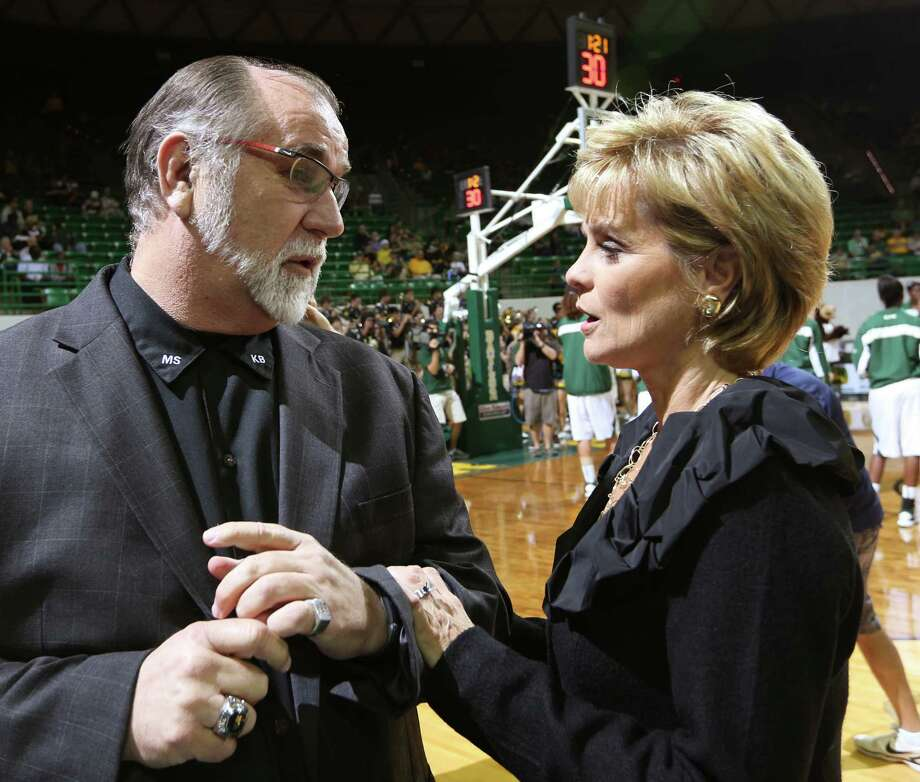 Lamar coach  Larry Tidwell, left, visits with Baylor coach Kim Mulkey before an NCAA college basketball game, Friday, Nov. 9, 2012, in Waco, Texas. (AP Photo/Waco Tribune Herald, Rod Aydelotte) Photo: Rod Aydelotte, MBO / Waco Tribune Herald