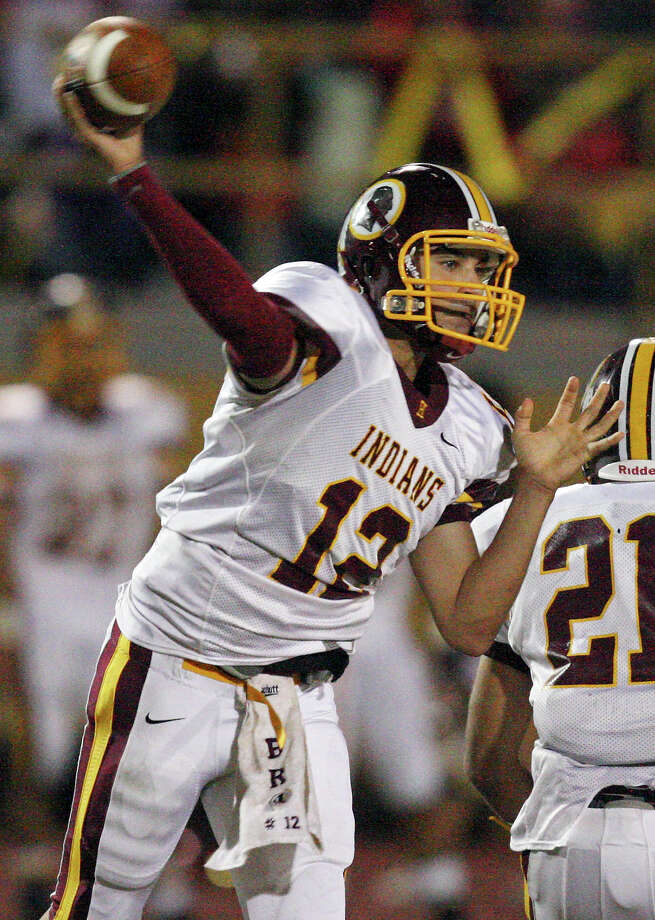 29-4A: Harlandale quarterback Brandon Ramon ran the Indians' pass-heavy attack well last season. Photo: Edward A. Ornelas, Express-News / © 2012 San Antonio Express-News