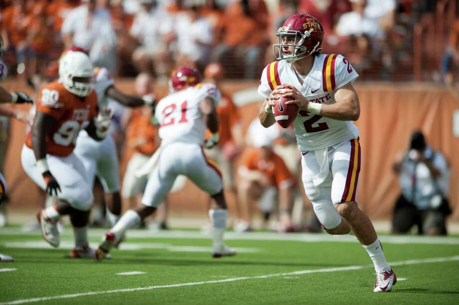 Steele Jantz #2 of the Iowa State Cyclones scrambles against the Longhorns. Photo: Cooper Neill, Getty Images / 2012 Getty Images