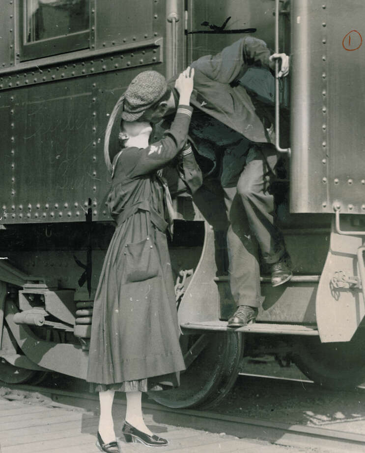 This photo was published Oct. 5, 1917, in the P-I showing a soldier saying goodbye to his wife in Seattle. Photo: Seattlepi.com File
