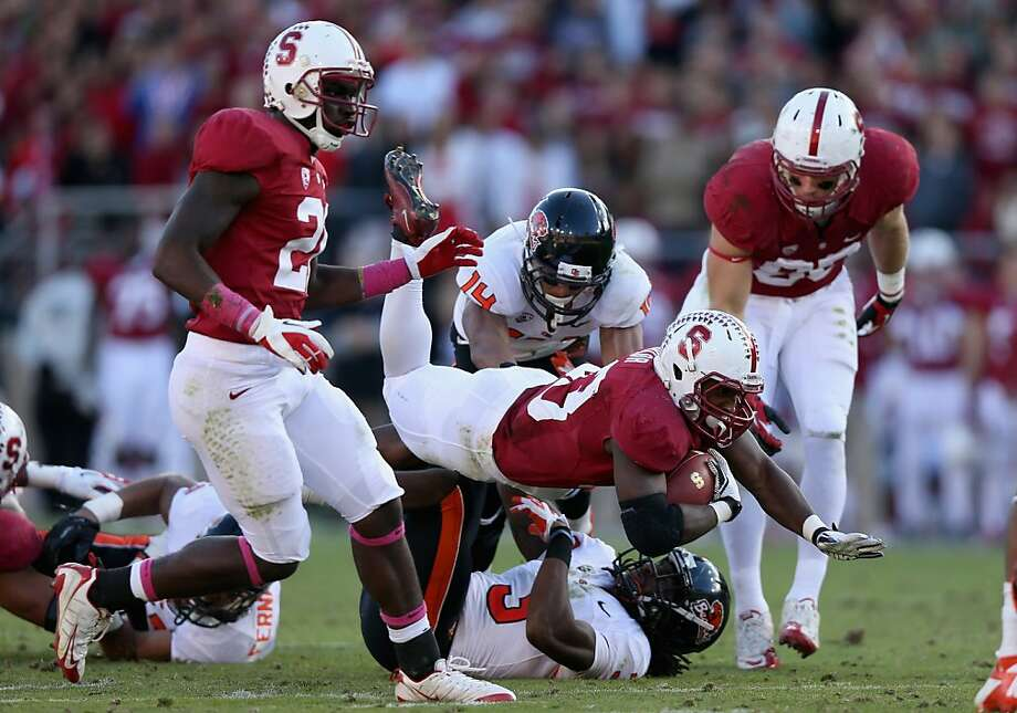 STANFORD, CA - NOVEMBER 10:  Stepfan Taylor #33 of the Stanford Cardinal dives for more yards during their game against the Oregon State Beavers at Stanford Stadium on November 10, 2012 in Stanford, California.  (Photo by Ezra Shaw/Getty Images) Photo: Ezra Shaw, Getty Images