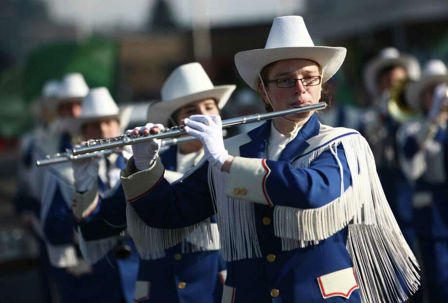 Members of the Chimacum High School band march in the Auburn Veterans Day Parade. Photo: JOSHUA TRUJILLO / SEATTLEPI.COM