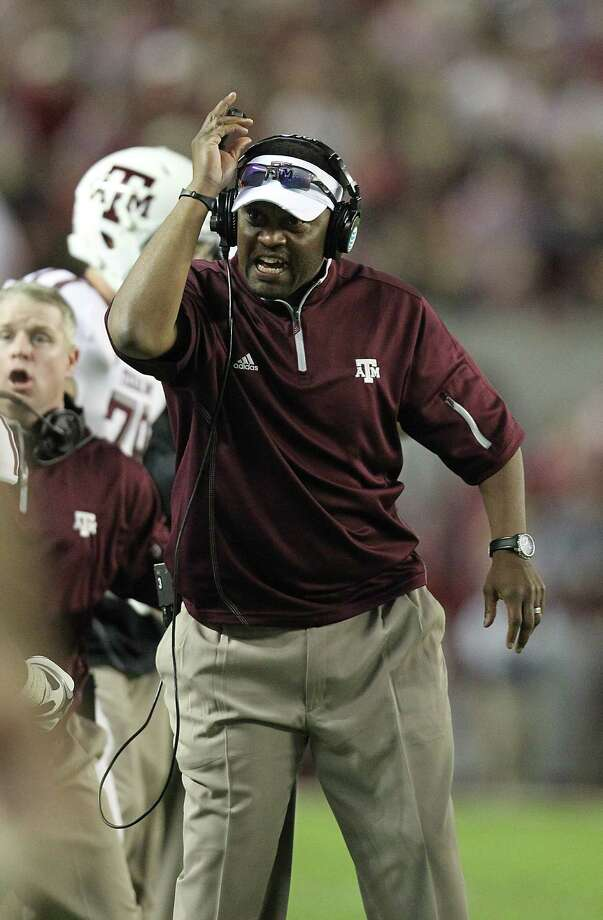 Texas A&M coach Kevin Sumlin pushed all the right buttons for his young team Saturday. Photo: Karen Warren, Staff / © 2012  Houston Chronicle