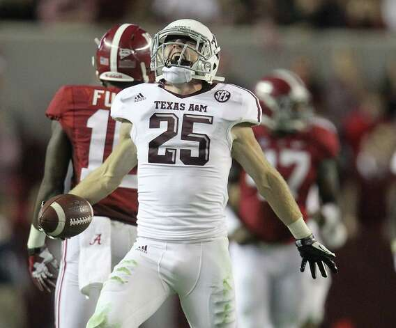 Texas A&M receiver Ryan Swope's fourth-quarter catch gave the Aggies something to shout about on their way to the win. Photo: Karen Warren, Staff / © 2012  Houston Chronicle