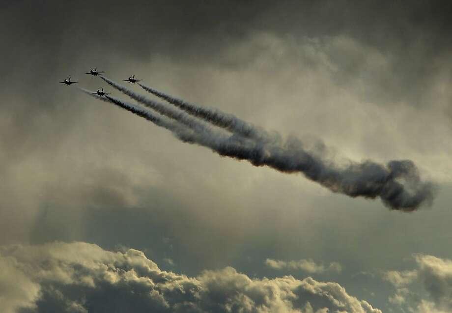 The Thunderbirds perform at the Aviation Nation air show at Nellis Air Force Base in Las Vegas Saturday, Nov. 10, 2012. (AP Photo/Las Vegas Review-Journal, John Locher) Photo: John Locher, Associated Press