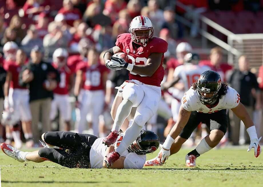 STANFORD, CA - NOVEMBER 10:  Stepfan Taylor #33 of the Stanford Cardinal runs with the ball against the Oregon State Beavers at Stanford Stadium on November 10, 2012 in Stanford, California.  (Photo by Ezra Shaw/Getty Images) Photo: Ezra Shaw, Getty Images