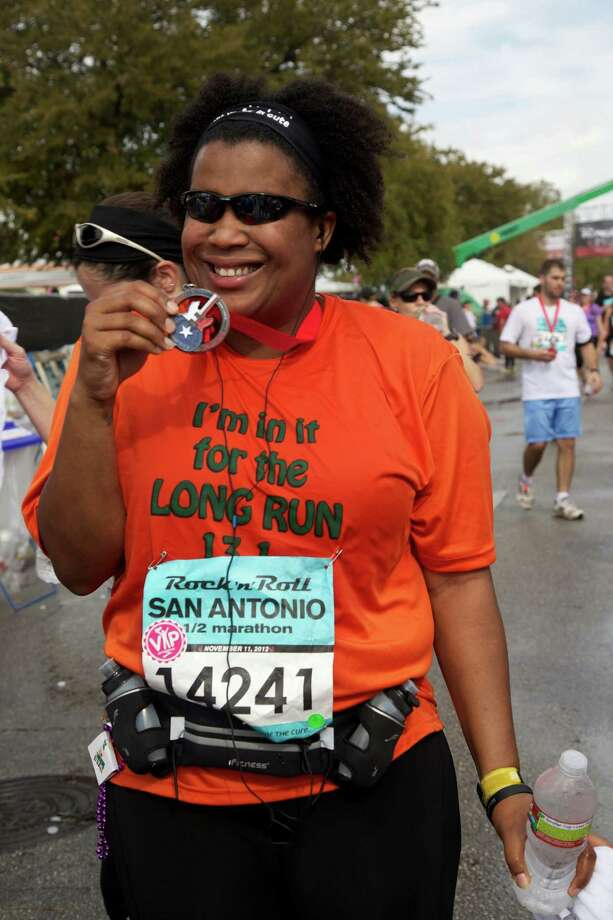 Many enjoyed the Rock 'n' Roll San Antonio Marathon and 1/2 Marathon Sunday morning. Photo: Xelina Flores-Chasnoff For MySA.com