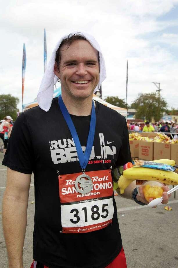 Many enjoyed the Rock 'n' Roll San Antonio Marathon and 1/2 Marathon Sunday morning. Photo: Xelina Flores-Chasnoff For MySA.com