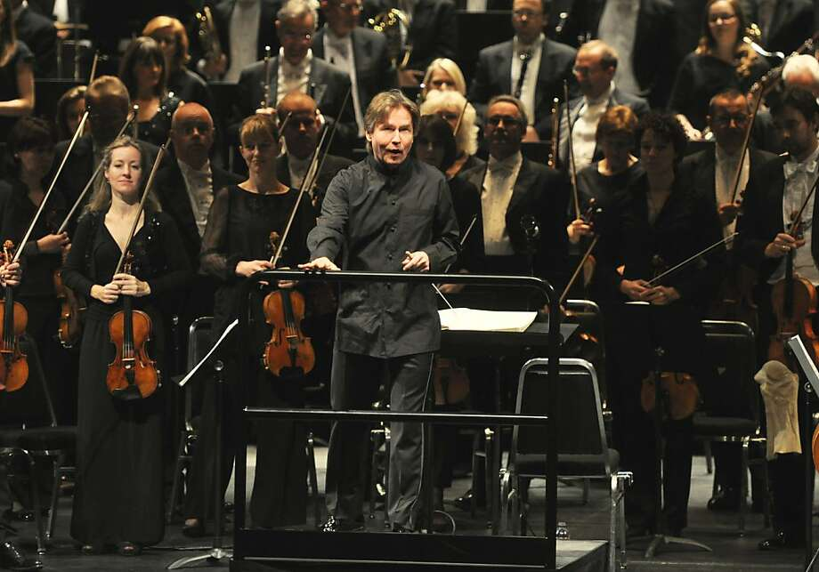 Esa-Pekka Salonen and the Philharmonia Orchestra brought verve to two very different programs. Photo: Peg Skorpinski