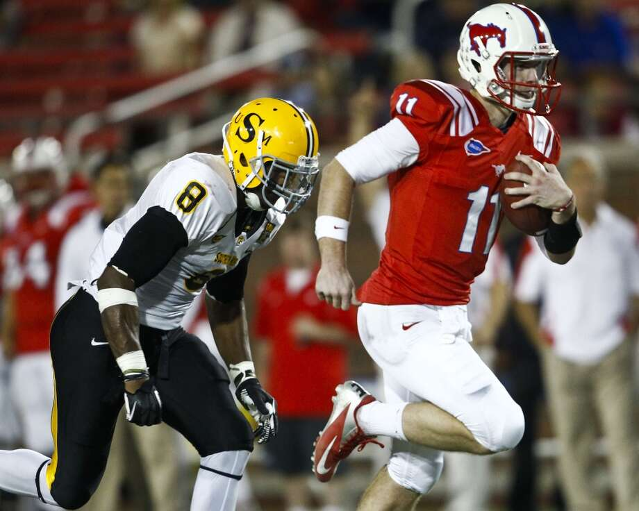 6. SMU (5-5, next game Saturday @ Rice) — Designed runs for Garrett Gilbert opened up a balanced offense that surged in victory over Southern Miss. Now, Mustangs are one game from bowl eligibility and still have outside shot at C-USA West title. Christian Randolph/AP/The Dallas Morning News (Associated Press)