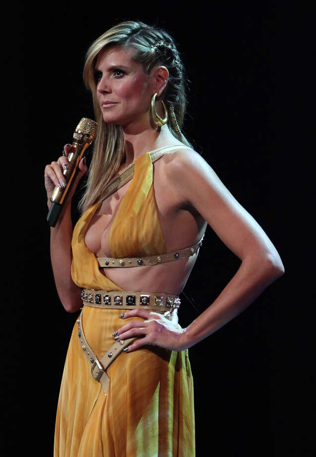 German supermodel and show host Heidi Klum presents the 2012 MTV European Music Awards (EMA) at the Festhalle in Frankfurt am Main, central Germany on November 11, 2012. Photo: DANIEL ROLAND, AFP/Getty Images / AFP