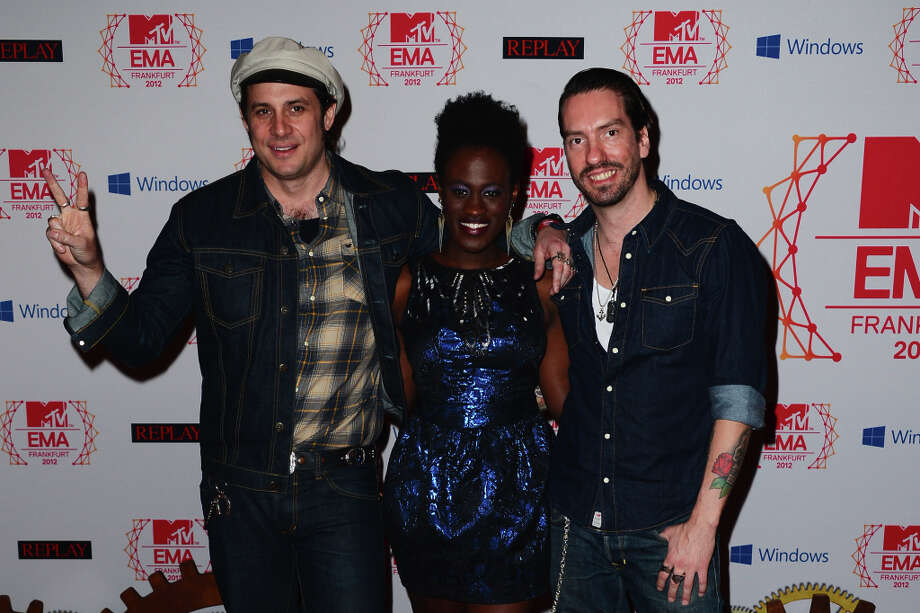Ivy Quainoo (C), Hoss Burns (L) and Boss Power of The Boss Hoss attend the MTV EMA's 2012 at Festhalle Frankfurt on November 11, 2012 in Frankfurt am Main, Germany. Photo: Ian Gavan, Getty Images For MTV / 2012 Getty Images