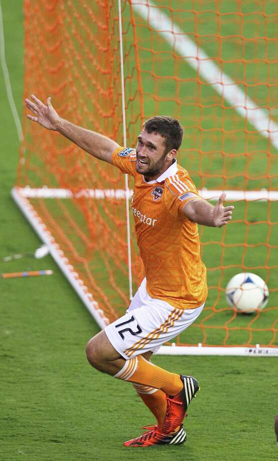 Dynamo second-year forward Will Bruin shows again Sunday he has an uncanny knack for putting the ball in the goal. Photo: Nick De La Torre, Staff / © 2012  Houston Chronicle