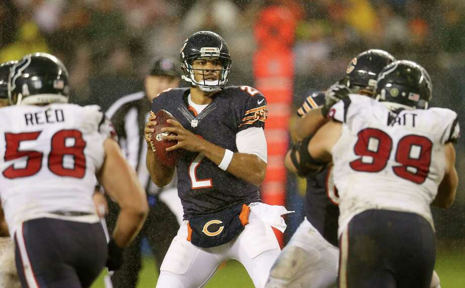 Quarterback Jason Campbell #2 of the Chicago Bears looks to pass against the Houston Texans in the third quater of the game at Soldier Field on November 11, 2012 in Chicago, Illinois. Photo: Jonathan Daniel, Getty Images / 2012 Getty Images