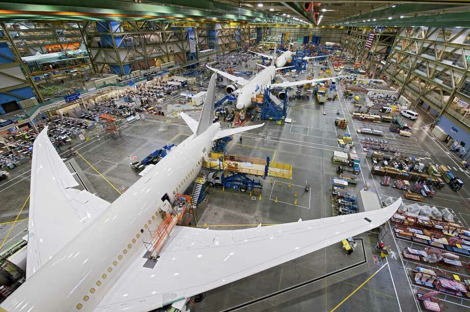 787 Factory Photos - Everett WA Oct. 2012 K65770-03 Photo: Gail Hanusa / Copyright © 2012 Boeing. All Rights Reserved.