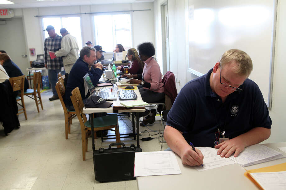 FEMA's mobile disaster recovery unit offers help on Mona Terrace in Fairfield, Conn. on Monday, November 11, 2012 from noon - 8pm and on Tuesday from 8am -8pm. Photo: BK Angeletti, B.K. Angeletti / Connecticut Post freelance B.K. Angeletti