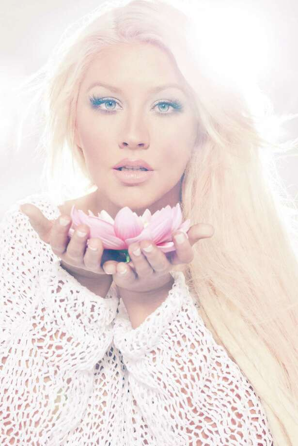 Christina Aguilera. Photo by Enrique_Badulescu. Photo: Photo By Enrique_Badulescu / Enrique Badulescu Photography 2012