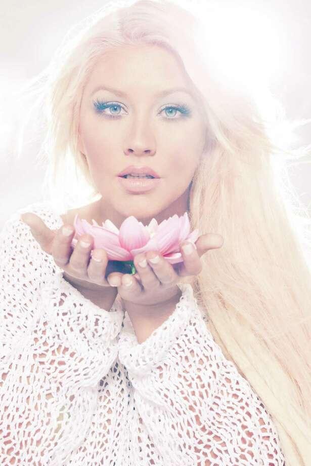 Christina Aguilera. Photo by Enrique_Badulescu. Photo: Photo By Enrique_Badulescu / Enrique Badulescu Photography 2012